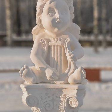 «Восторг» (в соавторстве М.В. Наумовым, Р.А. Шалагиновым, Ф.И. Сметаниным) бетон, тон., 150x45x50